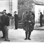Bundesarchiv Bild 183 J27289 Frankreich Festnahme von Franzosen 150x150 - Festnahme und Inhaftierung