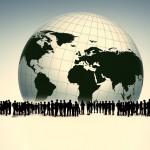 Menschen vor Weltkugel 150x150 - Allgemeiner Gleichheitssatz